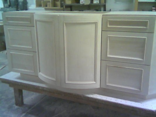 select-maple-curved-inset-panel-doors-before-finishing-2