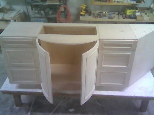 select-maple-curved-inset-panel-doors-before-finishing